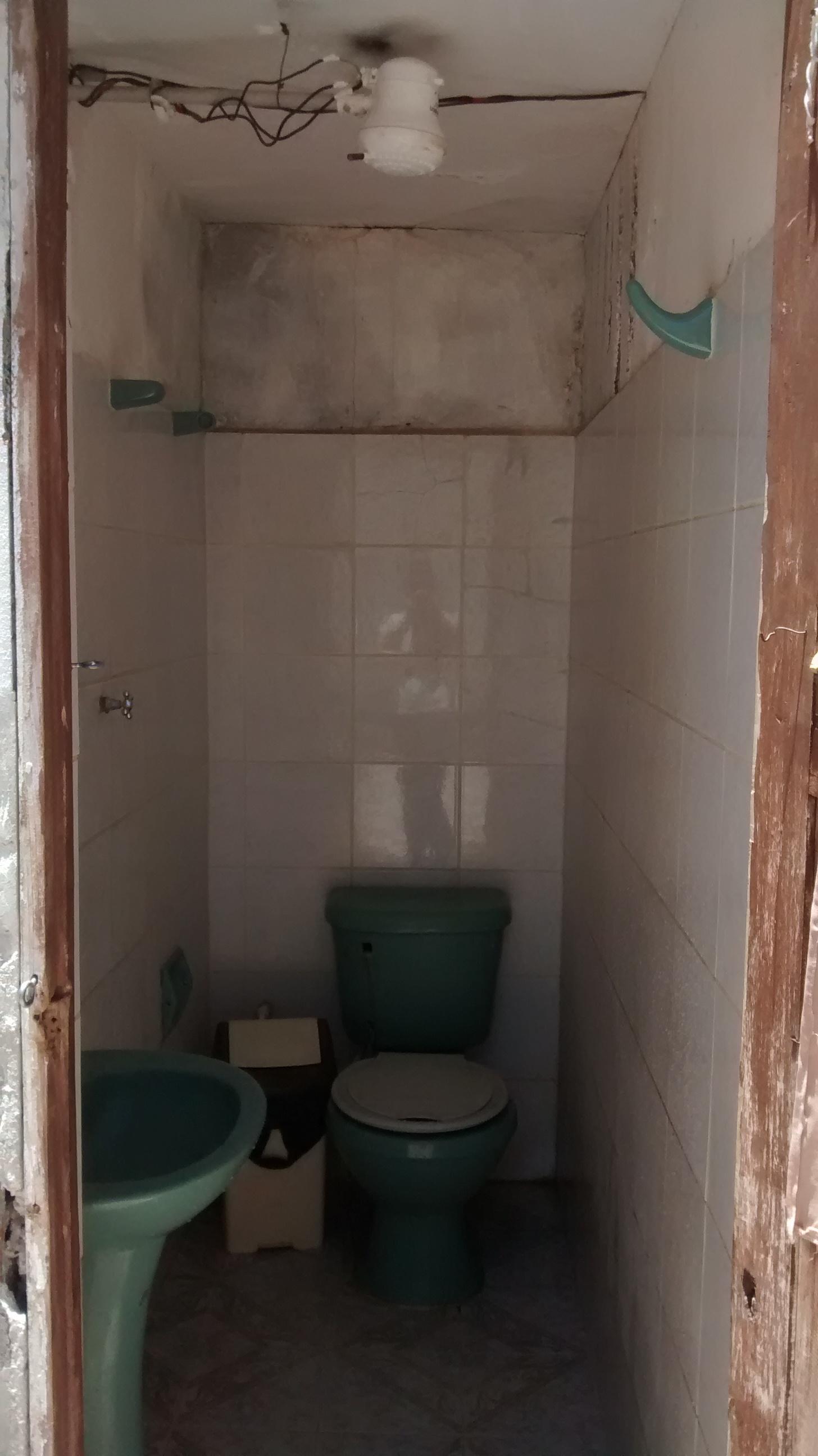 ils sont fous ses boliviens les savateurs. Black Bedroom Furniture Sets. Home Design Ideas