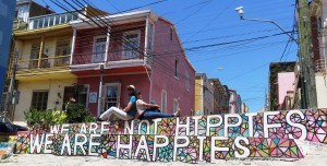 Bon résumé du voyage trouvé a Valparaíso...