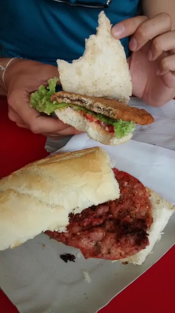 Choripan et sandwich milanesa