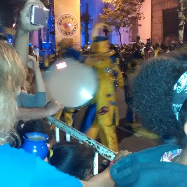 Je regarde le carnaval